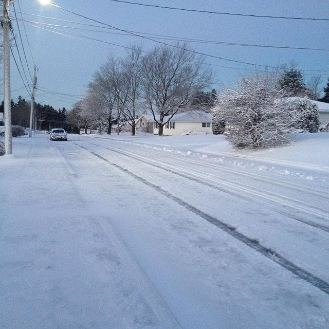 As all Canadians do, here is a photo of the first snowy morning of winter season but not quite yet winter