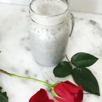 Roasted Black Sesame Smoothie