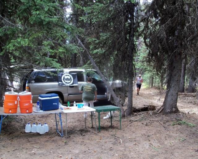 Photos: Grey Rock 50K Aid Station 11