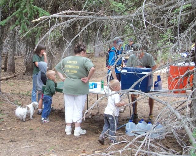 Photos: Grey Rock 50K Aid Station 12