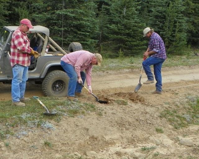 Photos: Trail 4W613 Work Day 11