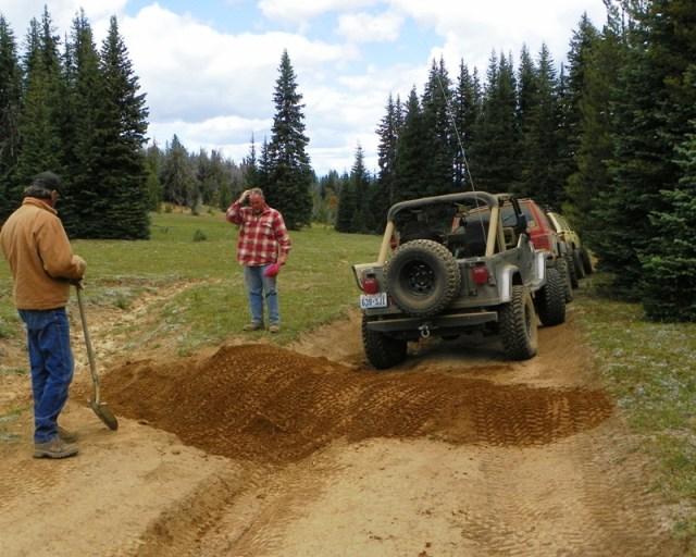 Photos: Trail 4W613 Work Day 17