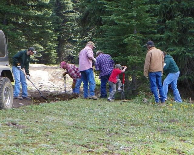 Photos: Trail 4W613 Work Day 19