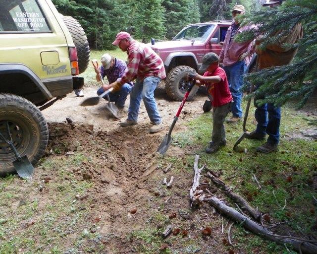 Photos: Trail 4W613 Work Day 24