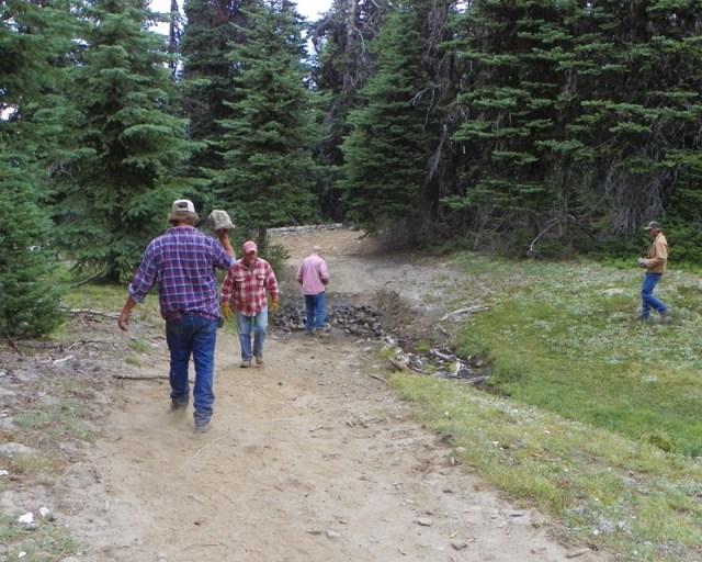 Photos: Trail 4W613 Work Day 32