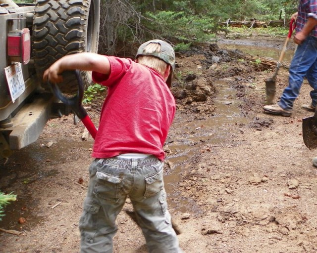 Photos: Trail 4W613 Work Day 35
