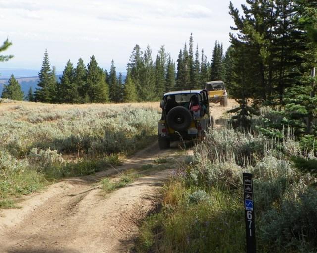Photos: Yellow Jeep Run - Bethel Ridge 29
