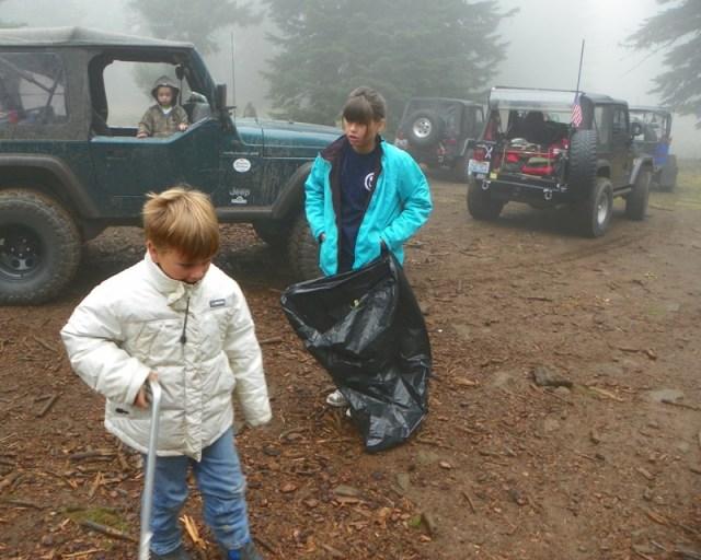 Photos: PNW4WDA Region 4 Pick Up A Mountain 9