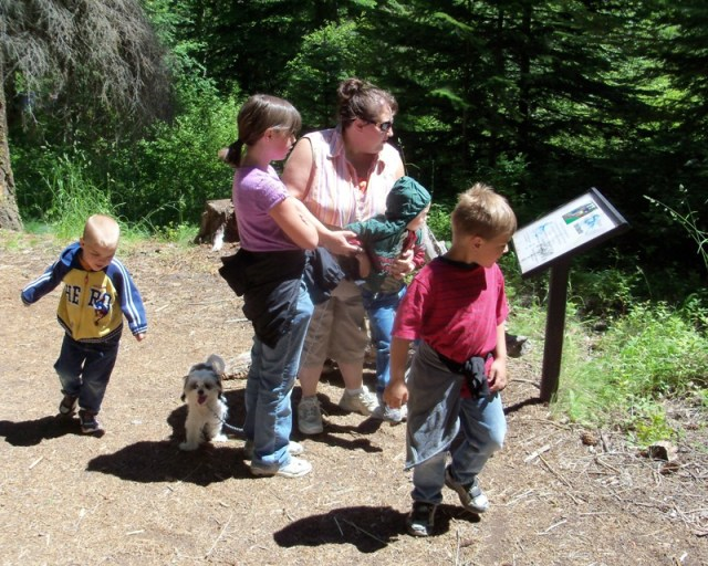 Photos: Boulder Cave Hike and Sightseeing Drive 1