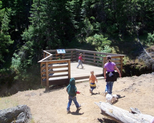 Photos: Boulder Cave Hike and Sightseeing Drive 2