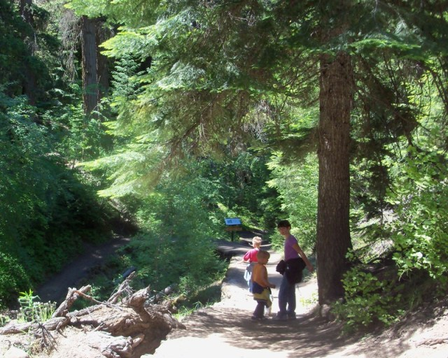 Photos: Boulder Cave Hike and Sightseeing Drive 6
