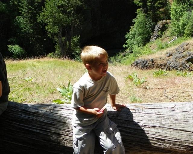 Boulder Cave Hike 17