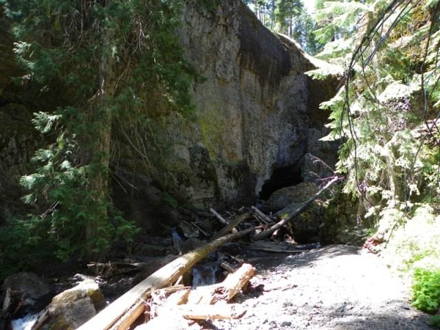 Boulder Cave Hike 26