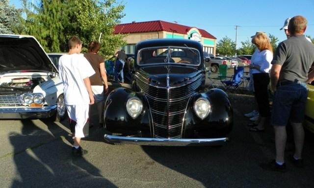 Hot Rods & Harleys 44