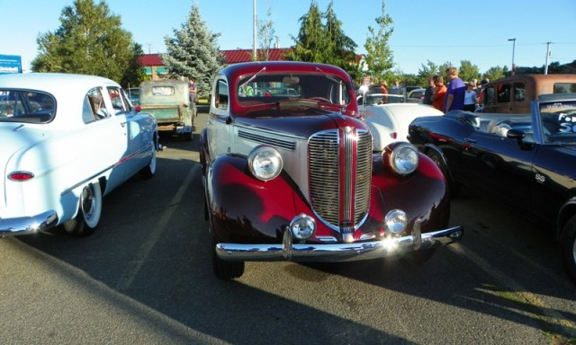 Hot Rods & Harleys 68