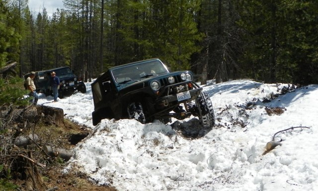 Memorial Day 4×4 Snow Run at the Ahtanum State Forest 25