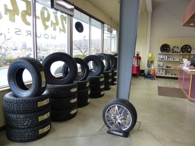 Joel's Tire