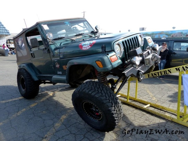 Selah Jeep Cruise
