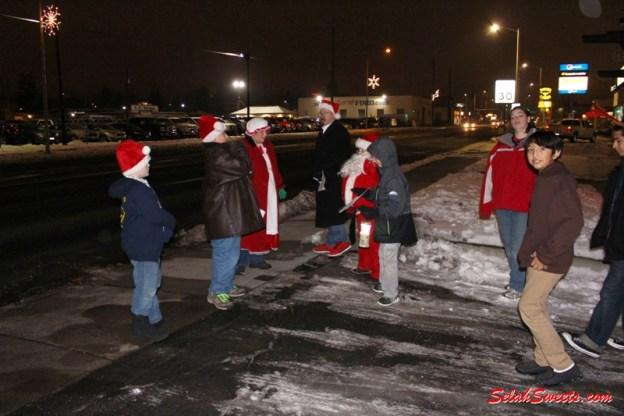 Selah Christmas Caroling