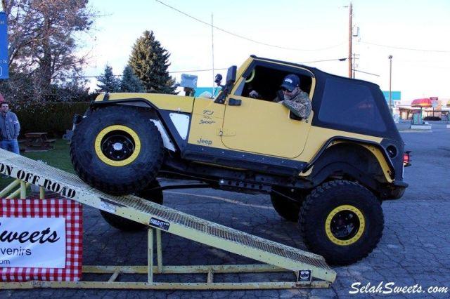Selah_Jeep_31