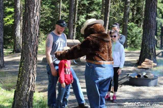Smokey_the_Bear_17