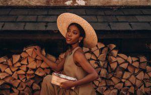 Moss Onyi the fashion blogger in Nigeria
