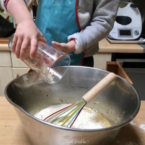 verser la poudre d'amande