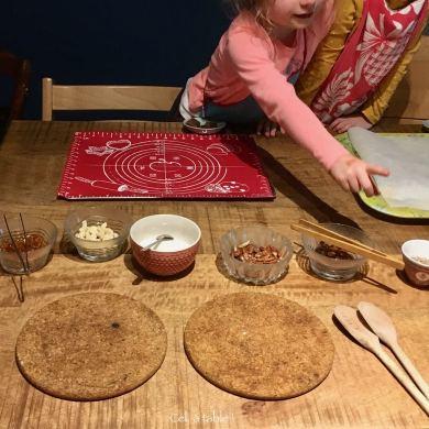 préparatifs pour mendiants au chocolat