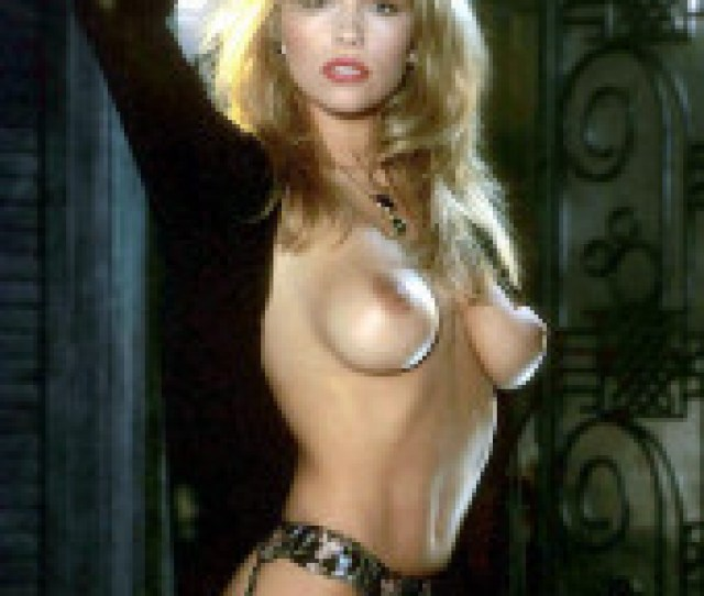 131 6 Kb Pamela Anderson Young