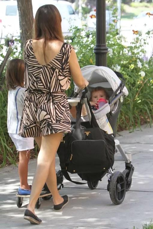 Kourtney Kardashian Takes Her Kids To The Calabasas ...