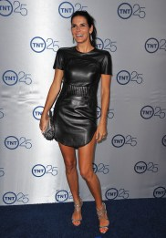 Angie_Harmon_at_TNTs_25th_Anniversary_Party_in_Beverly_Hills_09