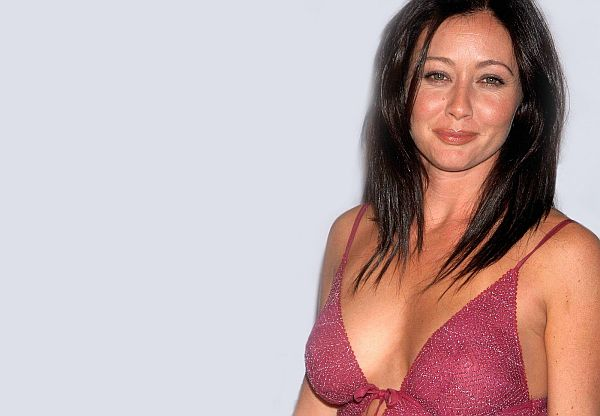 shannen-doherty-hot-image