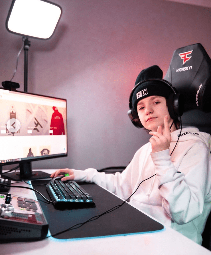 The Fortnite gamer on his gaming set, doing what he does best