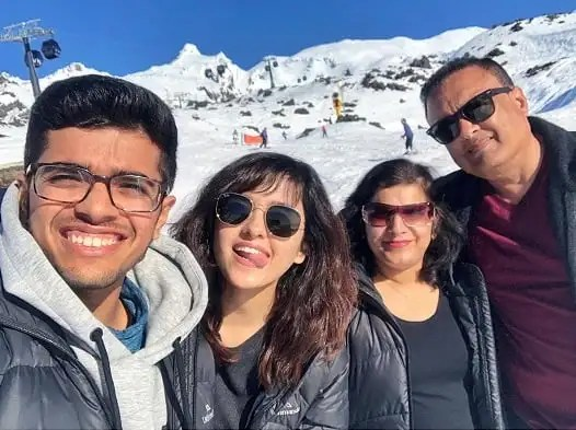 Shirley Setia Family , Brother, Father and Mother - celebinfo.wiki - images
