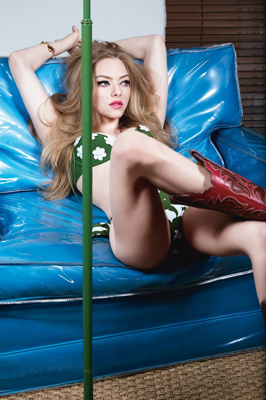 Amanda Seyfried Retro Bikini Pics For W Magazine