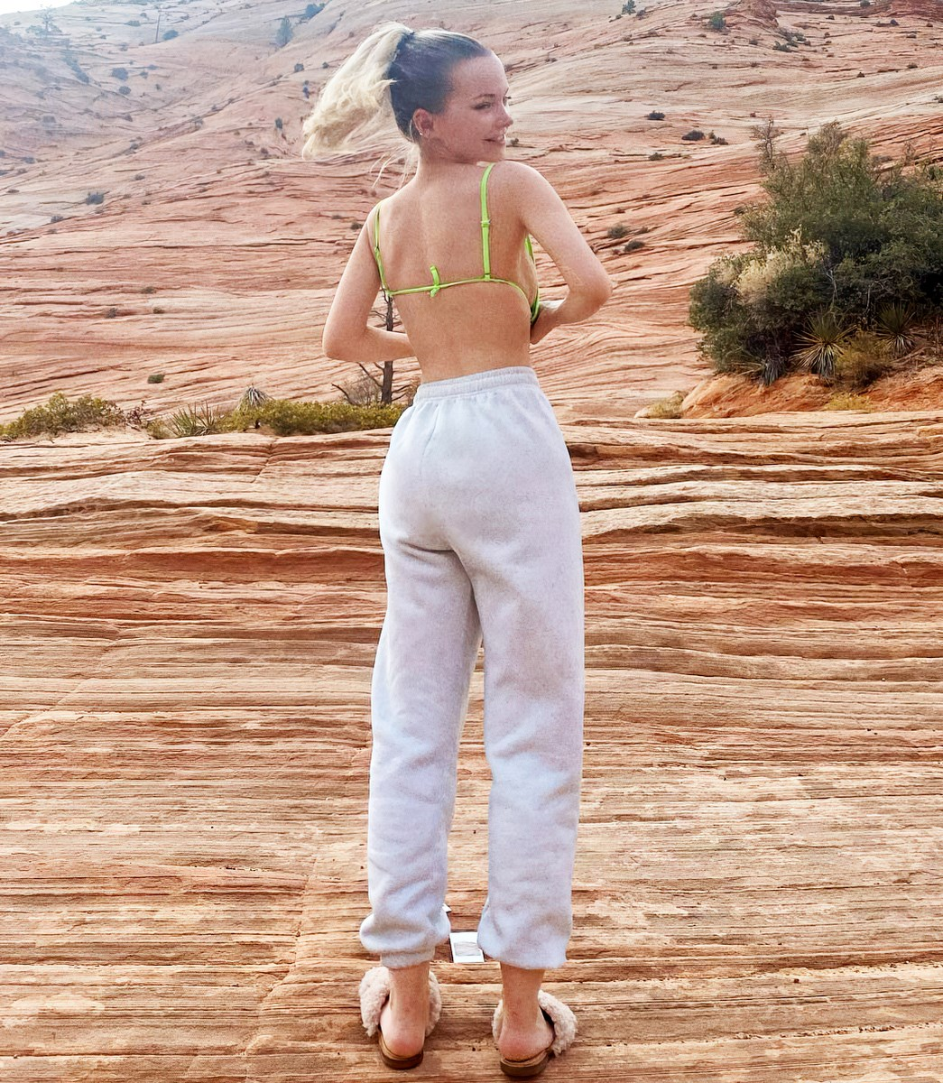 Dove Cameron Takes Her Tits And Ass Cheeks Out In The Wild