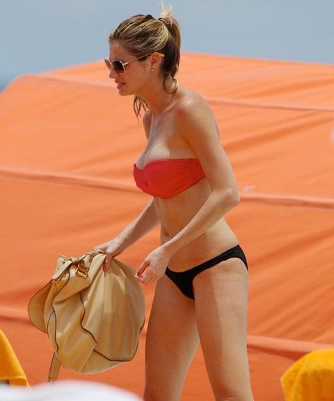 Erin Andrews' New Boobs In A Bikini