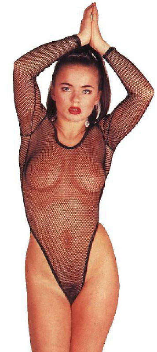 """Spice Girl """"Ginger Spice"""" Geri Halliwell Nude Photo Collection"""