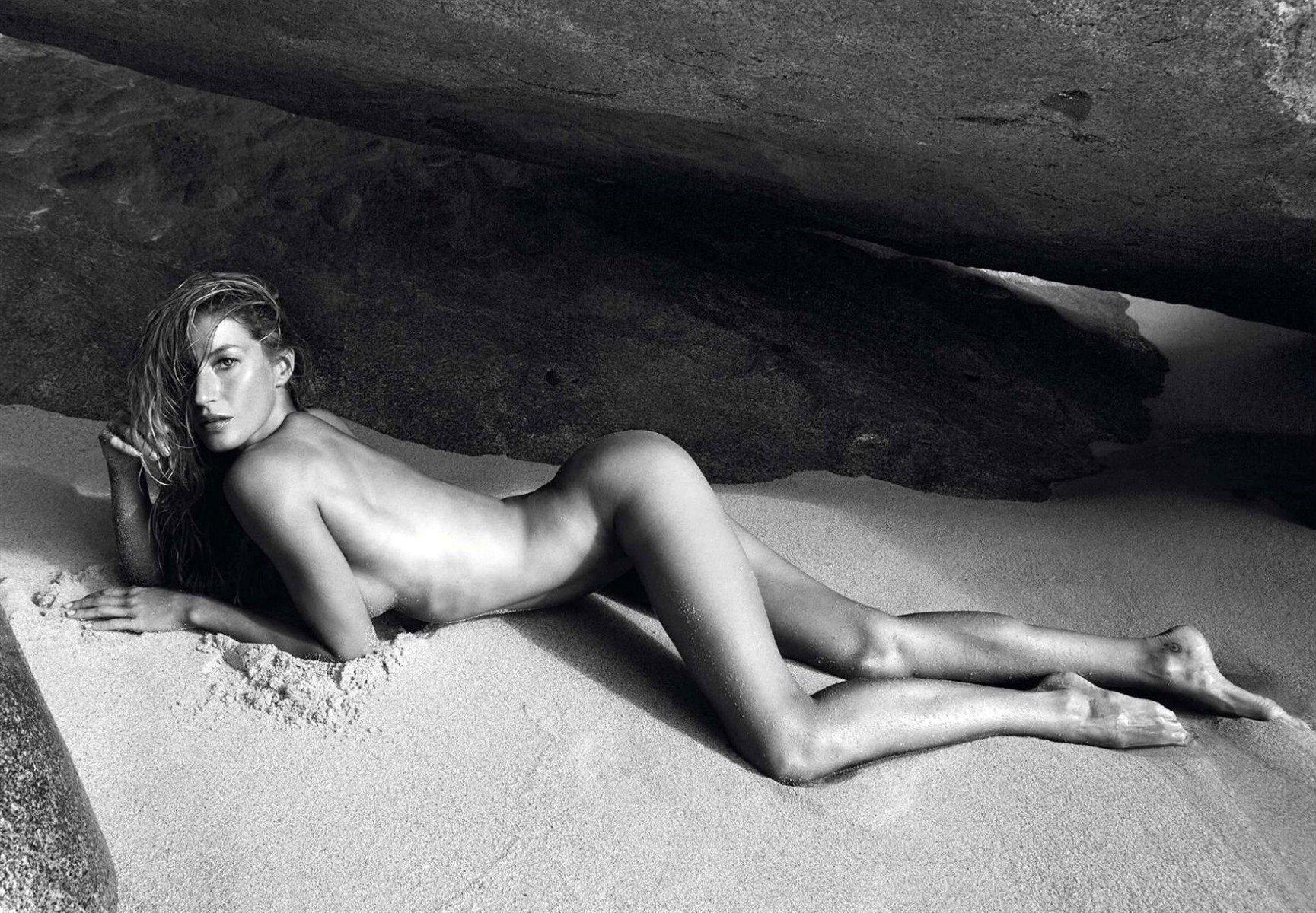 Gisele Bundchen Nude Photo Collection