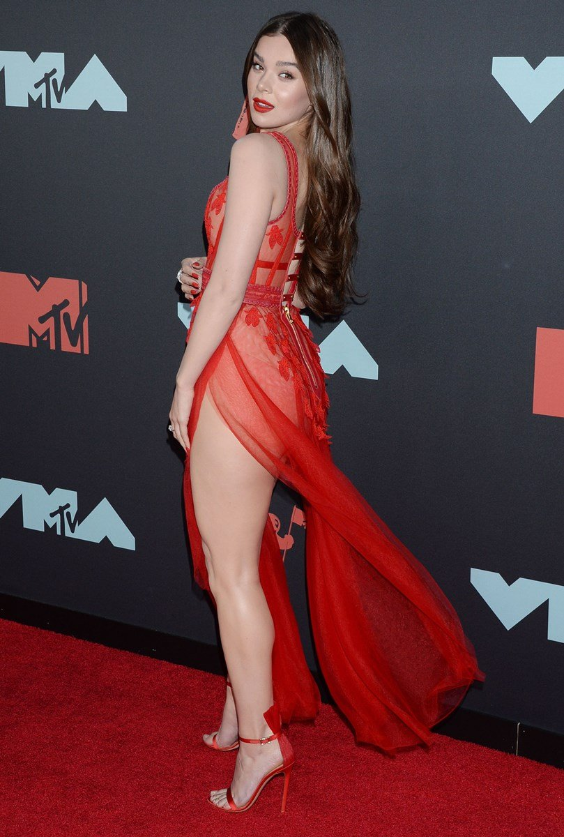 Hailee Steinfeld Naked Pussy Pic
