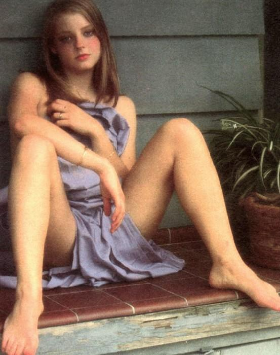 "Jodie Foster's Nude Scenes From ""Catchfire"" Enhanced"