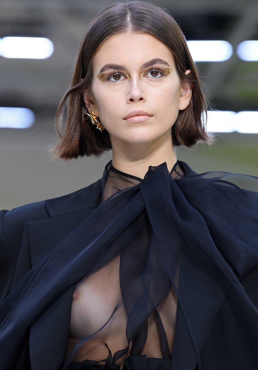 Kaia Gerber First Nude Nipple Slips