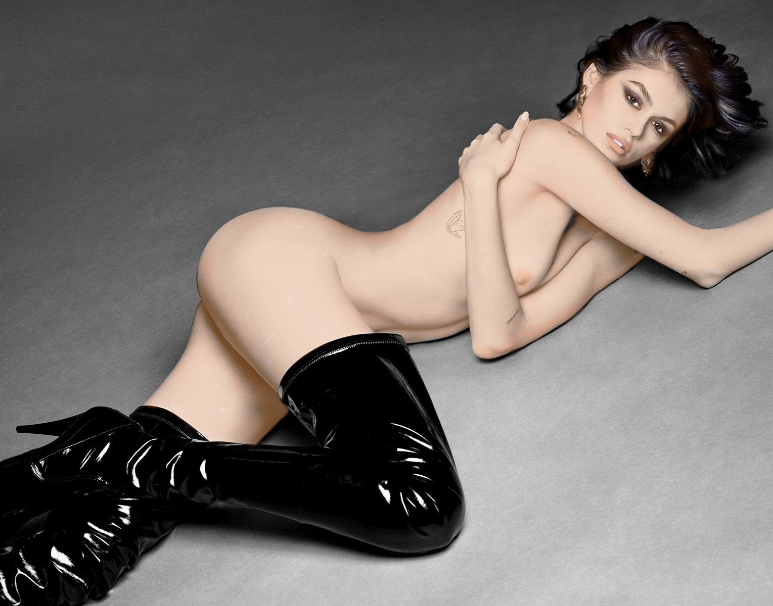 Kaia Gerber Does Her First Nude Photo Shoot