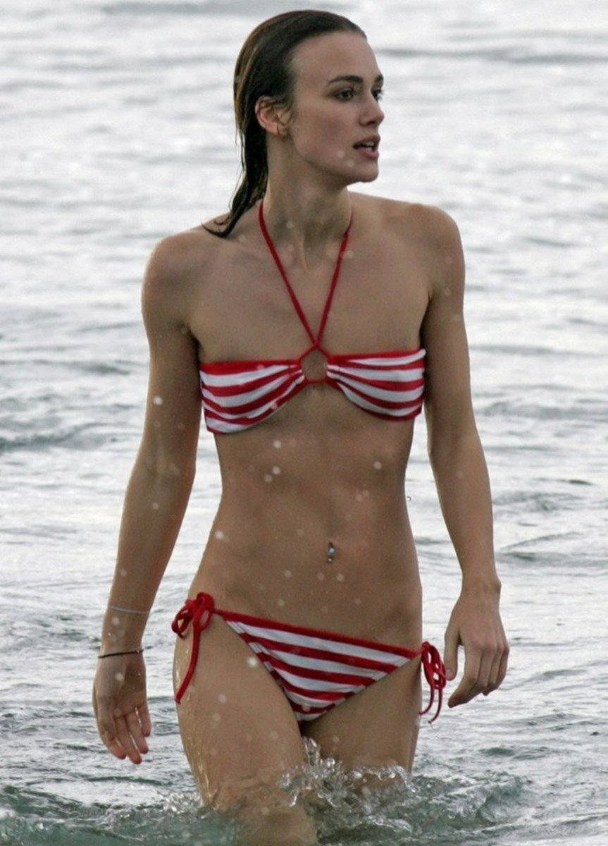 Keira Knightley Nude Beach Pics