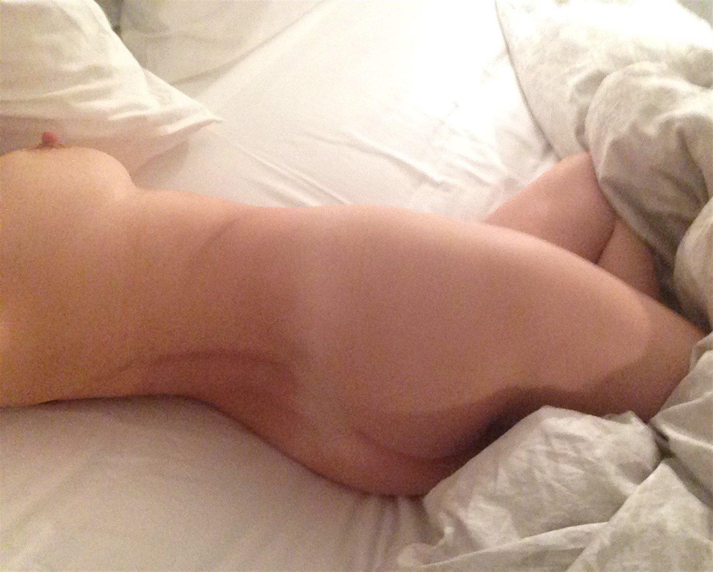 Kelly Brook Nude Photos Full Set Leaked
