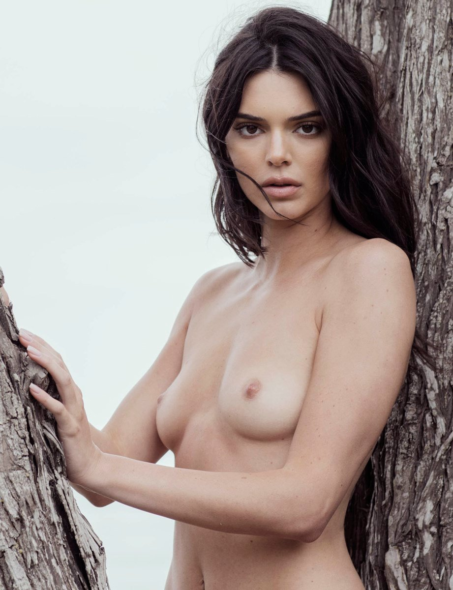 Kendall Jenner Shows Her Nude Pussy In Outtake Photos