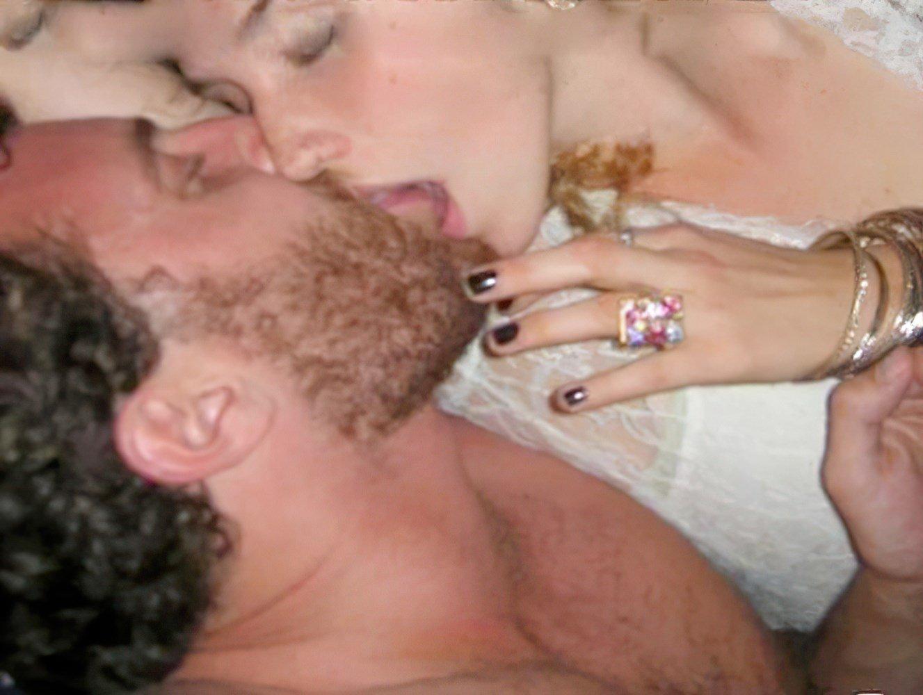 Kesha Boobs And Nude Leaks Enhanced