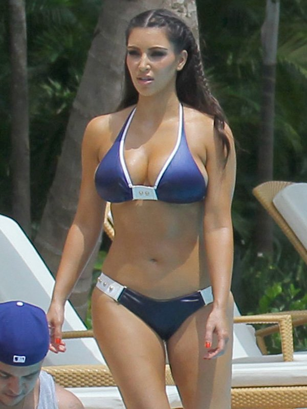 Kim Kardashian Bikini Vacation Pics