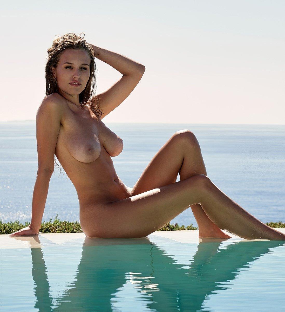 Laura Muller Nude Playboy Photo Shoot The Sex Scene