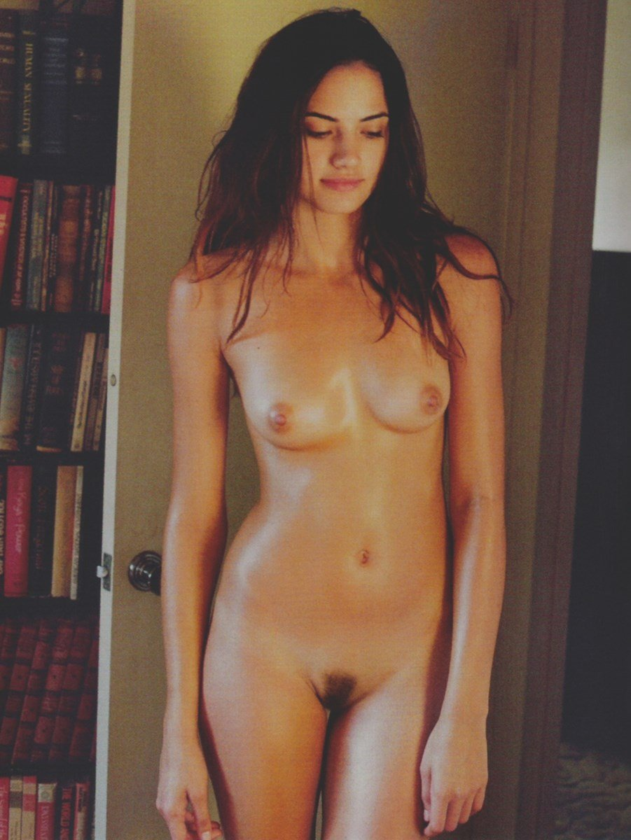 Maggie Duran Nude Photos Collection
